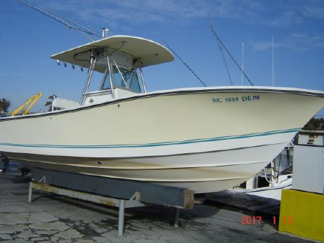 2001 Regulator 26 Center Console