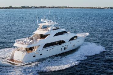 thumbnail photo 1: 2019 Ocean Alexander Motor Yacht