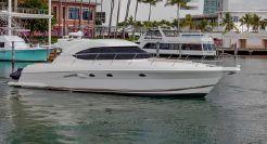 2012 Riviera 5000 Sport Yacht