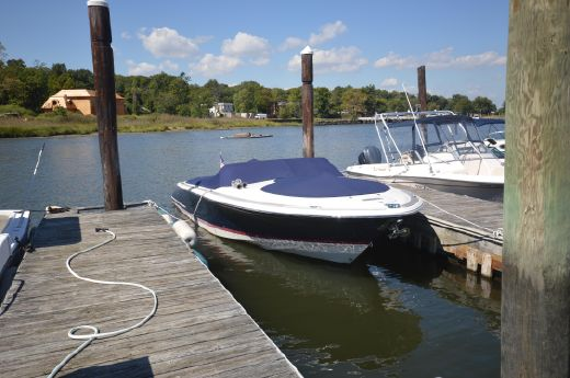 2012 Chris Craft 28 Launch