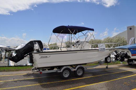 2013 Boston Whaler 210 Montauk