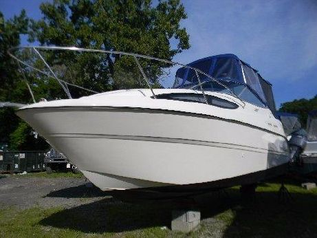 2011 Bayliner 245 SB Cruiser
