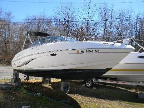 2004 Chaparral 235 SSi