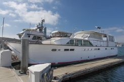 1968 Chris Craft Motor Yacht
