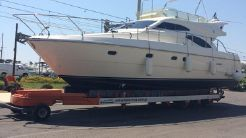2001 Ferretti Yachts 430 Flybridge