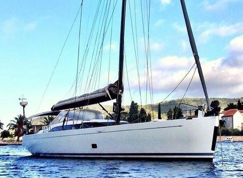 2011 Shipman 63