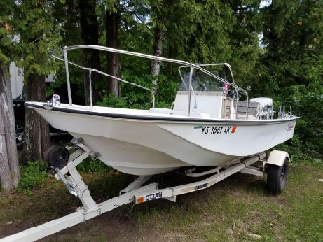 1982 Boston Whaler Montauk 17 CC