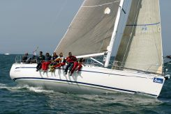 2004 Bavaria 42 Match