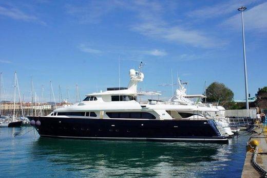2002 Ferretti Yachts Customline Navetta 30