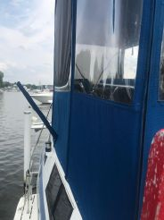 thumbnail photo 2: 1989 Marinette 37 Aft Cabin Motor Yacht Marquis Edition