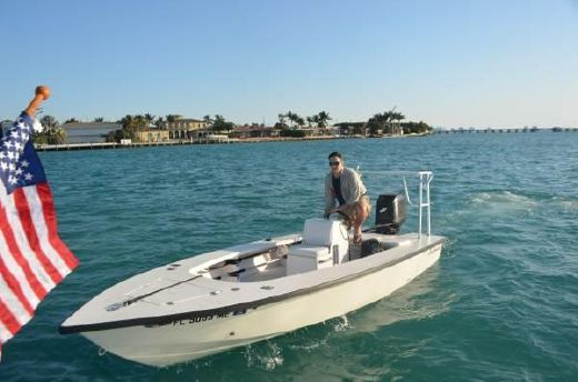 2004 Sea Hunter 18