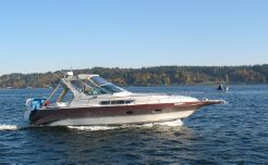 1989 Cruisers Yachts 3270 Esprit