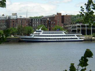 1987 Blount Luxury Dinner Yacht (GPC)