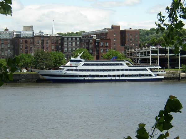 1987Blount Luxury Dinner Yacht (GPC)
