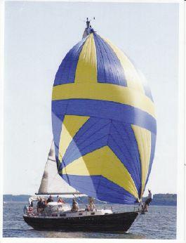 1985 Hinterhoeller Niagara 35 Encore Sloop