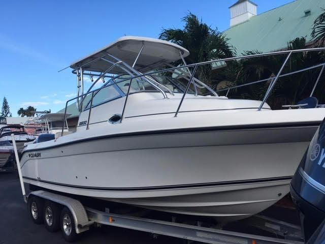 2008 century 2600 walkaround power boat for sale www for Century motors of south florida