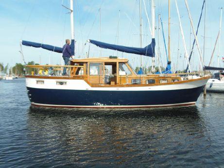 1978 Nauticat 33