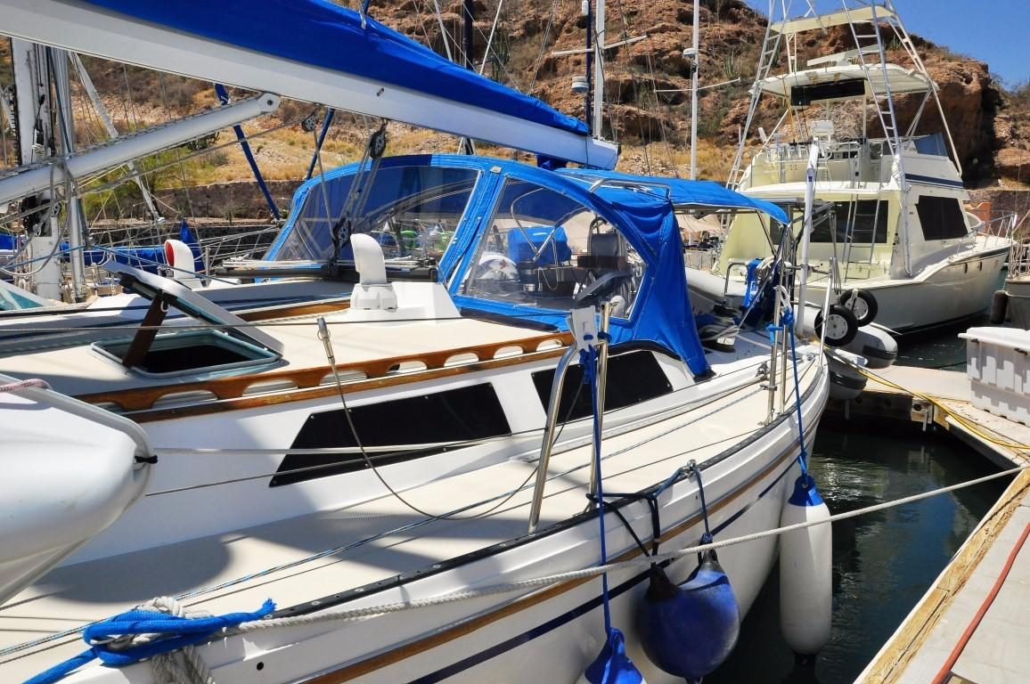 42' Catalina MKI+Photo 52