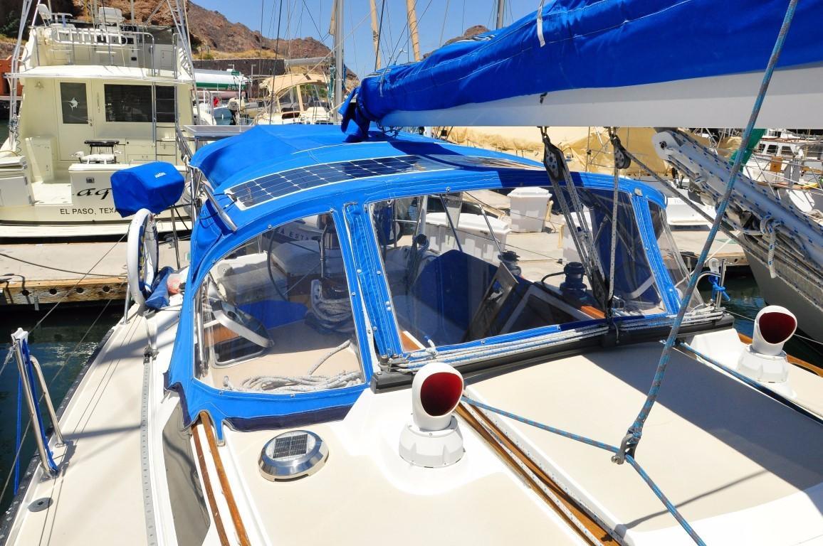 42' Catalina MKI+Photo 56