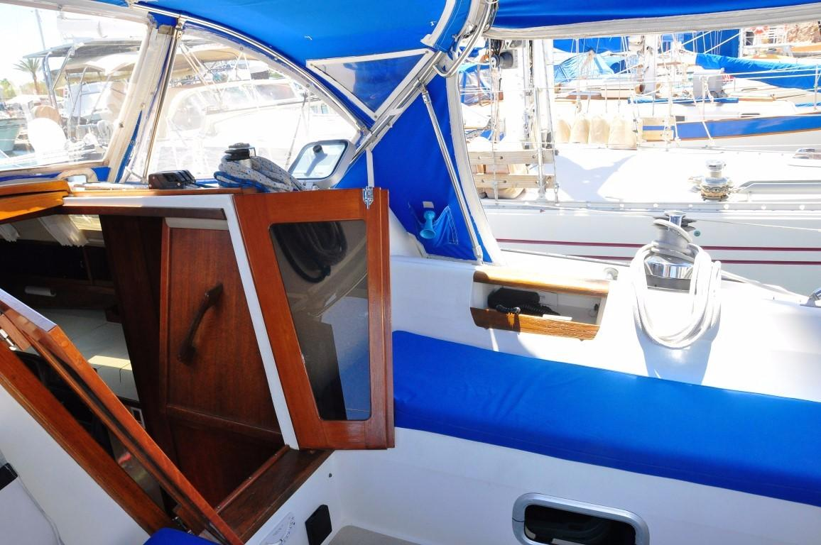 42' Catalina MKI+Photo 39
