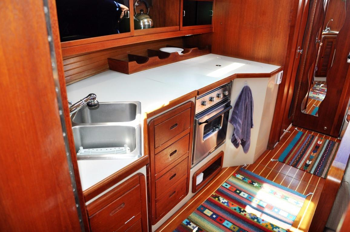 42' Catalina MKI+Photo 21
