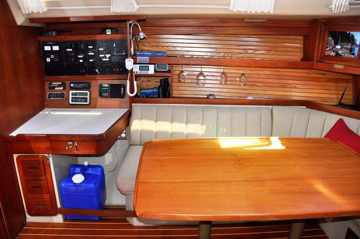42' Catalina MKI+Photo 19