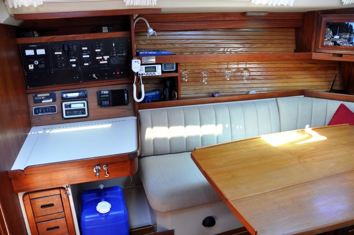 42' Catalina MKI+Photo 18