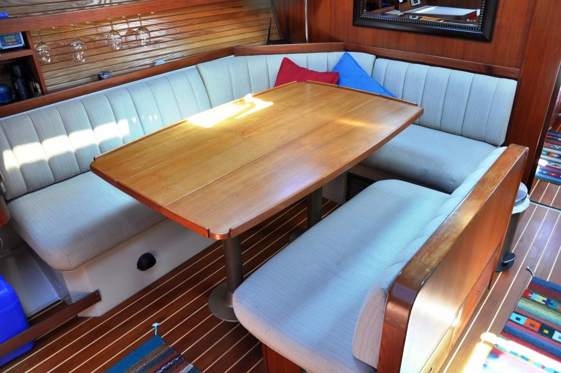 42' Catalina MKI+Photo 15
