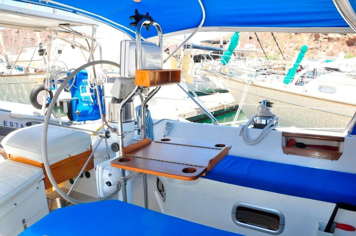 42' Catalina MKI+Photo 37