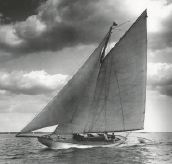 1903 Herreshoff Bar Harbor 31