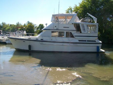 1987 Jefferson 42 Sundeck Motor Yacht FRESH WATER