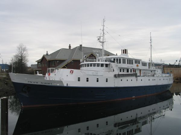 Mini Cruise Ship For Sale Submited Images