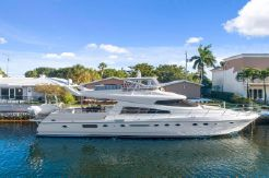 1993 Johnson Flybridge Motoryacht w/Extension