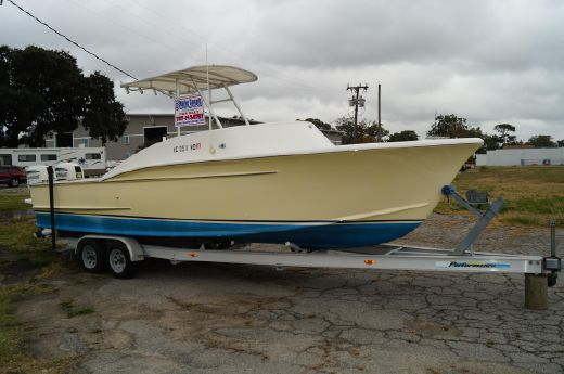 1998 Custom Carolina 25 CENTER CONSOLE