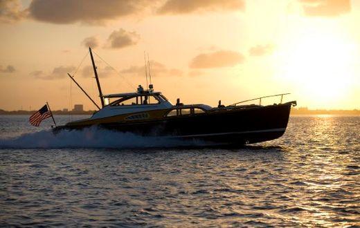 2005 Derecktor Commuter Yacht