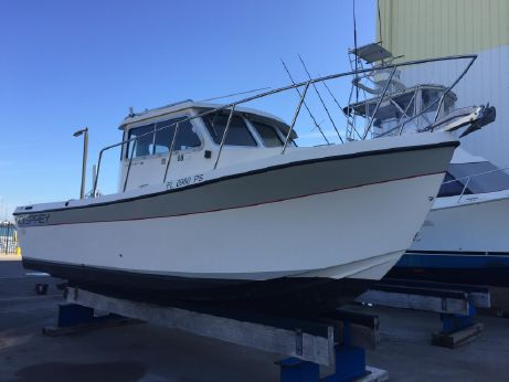 2001 Osprey Pilothouse 24 Fisherman