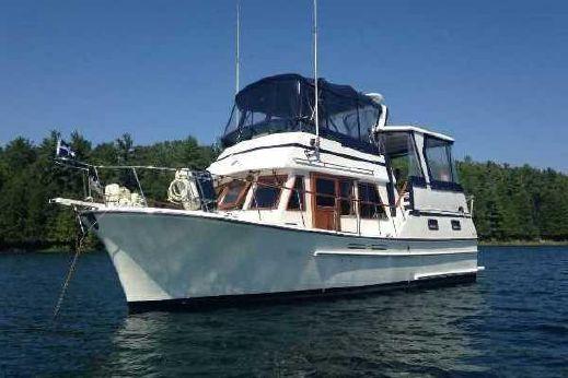 1988 Oceania 35 Sundeck Trawler