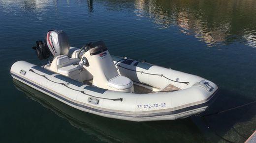 2012 Valiant 450