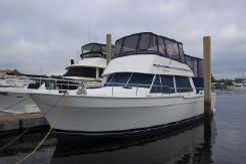 2005 Mainship 430 Aft Cabin Trawler