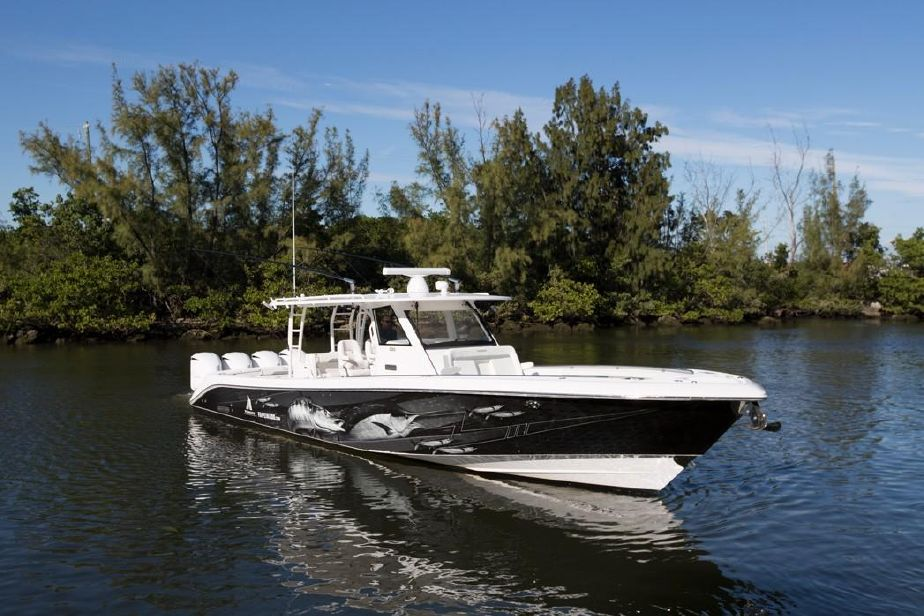 2016 Everglades 435 Center Console Power Boat For Sale