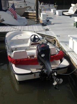 2003 Boston Whaler 130 Sport
