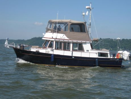 1979 Marine Trader 36 DOUBLE CABIN