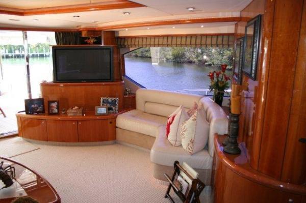 82' Sunseeker 82 Yacht