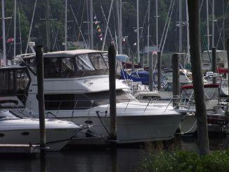 1992 Carver 36 Motor Yacht