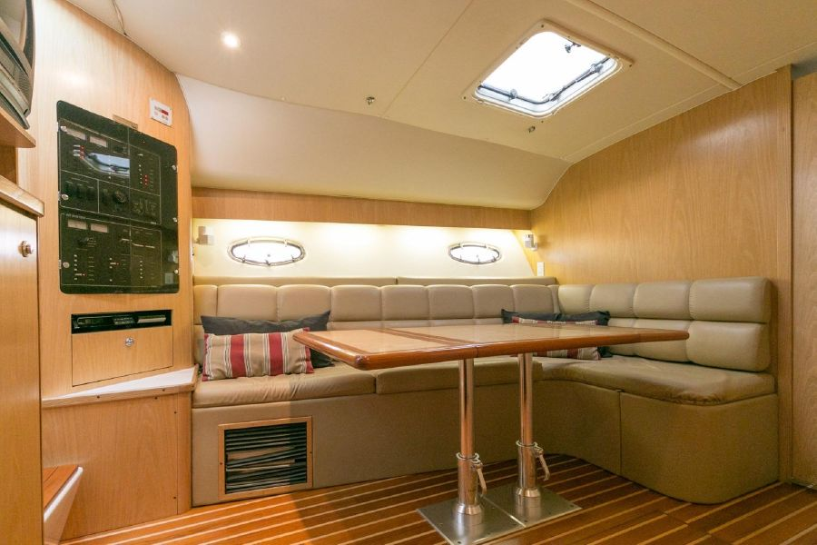 Tiara 4100 Sportfishing yacht for sale