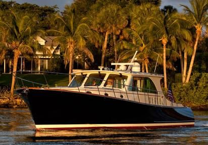 2016 Hinckley Talaria 48 Motoryacht