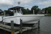 photo of 27' Boston Whaler Outrage 27