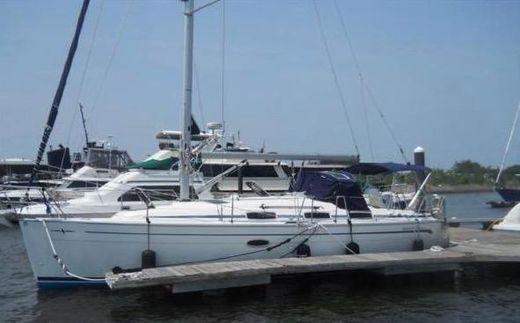 2007 Bavaria 33 Cruiser