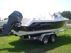 Photo of 20' Sea Hunt 207 Escape Dual Console