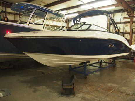 2018 Sea Ray 230 SPX